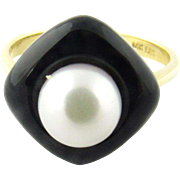 Vintage 14 Karat Yellow Gold Black Onyx and Pearl Ring Size 6.75