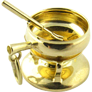 Vintage 18 Karat Yellow Gold Pan on Primus Stove Charm