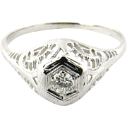 Art Deco 18K White Gold Diamond Filagree Ring Size 10