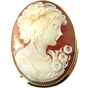 Vintage 18 Karat Yellow Gold Cameo Brooch