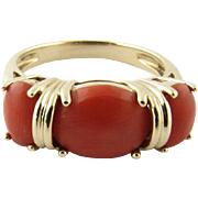 Vintage 14 Karat Yellow Gold Coral Ring Size 7