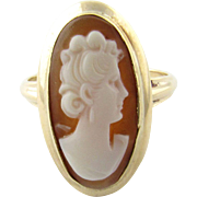 Vintage 10K Yellow Gold Cameo Ring, Size 6