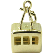 Vintage 18K Yellow Gold Cable Car Charm