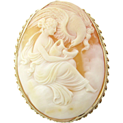 Antique Victorian 14 Karat Yellow Gold Cameo Pendant/Brooch
