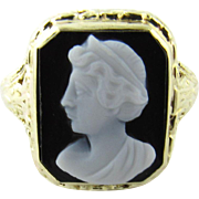 Antique Victorian 14 Karat Yellow Gold Cameo Ring Size 4.5