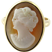 Vintage 14 Karat Yellow Gold Cameo Ring Size 6