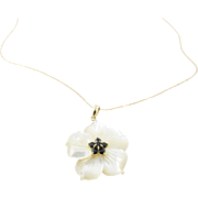 Vintage 14 Karat Yellow Gold Mother of Pearl Flower Necklace