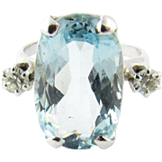 Vintage 14 Karat White Gold Aquamarine and Diamond Ring Size 5.5