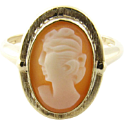 Vintage 14 Karat Yellow Gold Cameo Ring Size 6