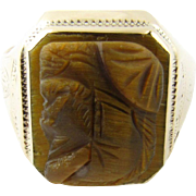 Vintage 10 Karat Yellow Gold Tiger's Eye Signet Ring