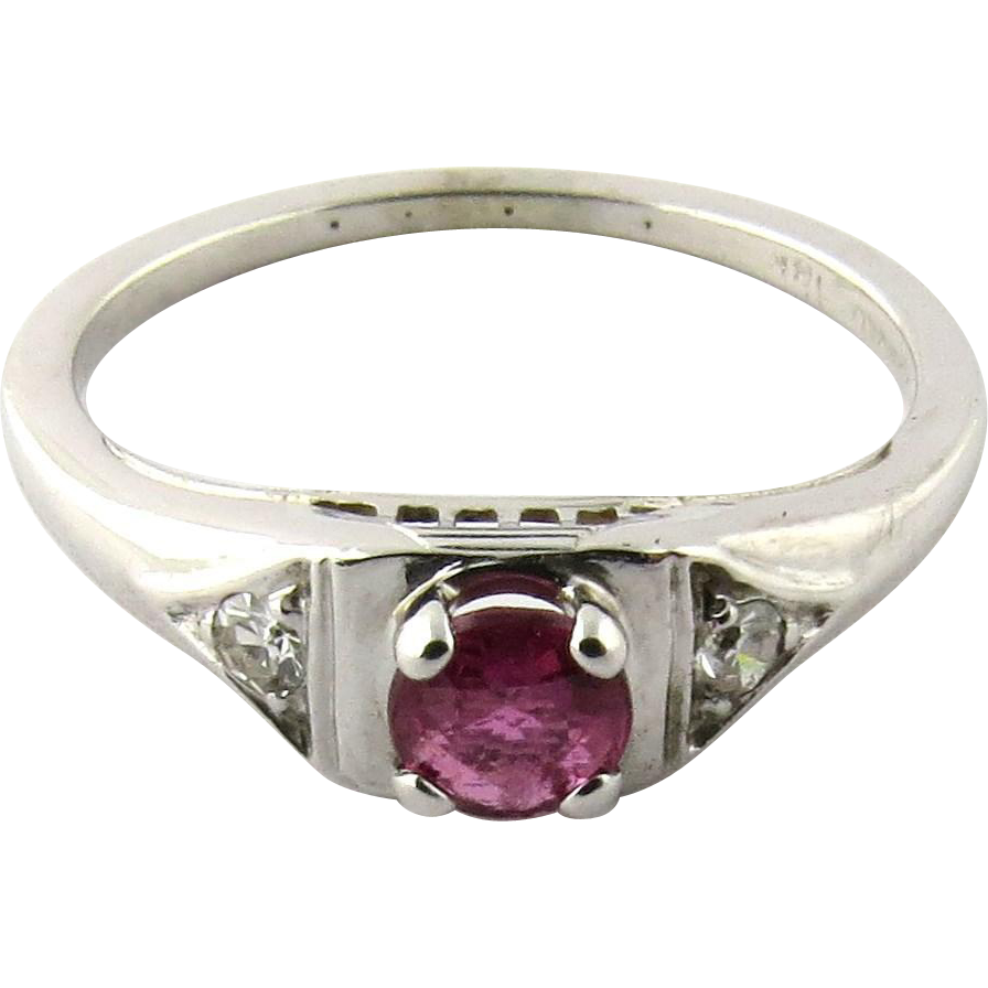 18 Karat White Gold Genuine Ruby Diamond Ring Size 5 5 from ctgoldcustomers o