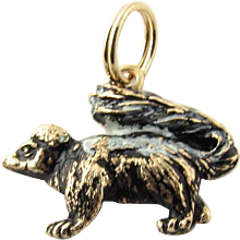 Vintage 14 Karat Yellow Gold Skunk Charm