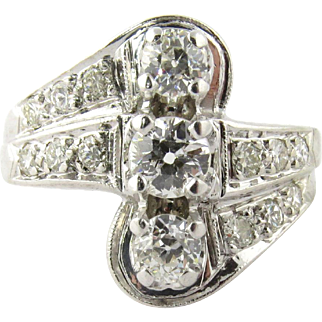 Vintage 14K White Gold 3 Stone Center Row Diamond Ring, Size 7.25