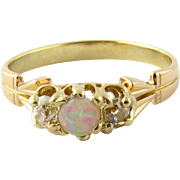 Vintage 18K Yellow and Rose Gold Opal and Old Mine Diamond Ring Size 7.75