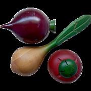 Vintage Mid Century Wood Vegetable/Fruit Medley (Tomato, Beet, Onion)