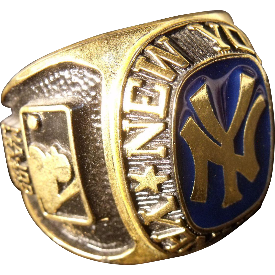 vintage new york yankees chionship ring paper