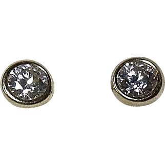 Stunning Vintage 18k Gold Tiffany & Co. .5 cttw Diamond Earrings