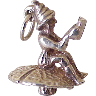 Elf / Fairy on Mushroom Reading Book Charm English 9K Gold Three Dimensional