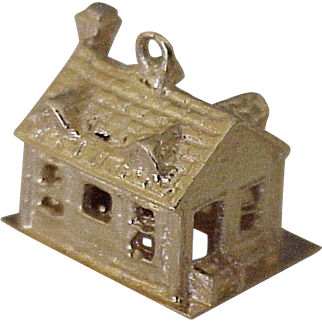 Vintage House / Home Charm 14k Gold Three Dimensional