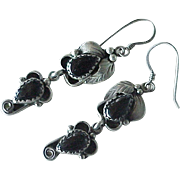 Vintage Navajo Crafted Dangle Earrings Sterling Silver & Onyx