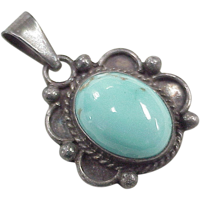 Vintage Hand Crafted Silver Gemstone Ring