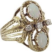 Opal & Diamond Fashion Ring 14K Gold circa 1950-60's