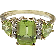 Peridot Ring Diamond Accent 14K Gold Circa 1980's
