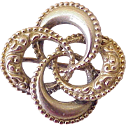 Petit Victorian Era Pin 10K Gold, Eternity Circles