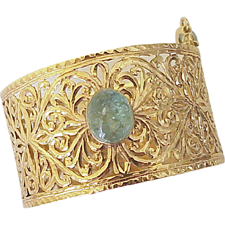 18K Gold Wide Filigree Bangle Bracelet Emerald Cabochon Accent