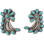 Zuni Needle Point Vintage Screw-Back Earrings Sterling Silver & Turquoise