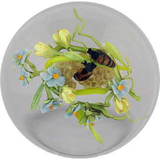 Exquisite STANKARD Bees, Honeycomb, and Flowers Paperweight