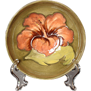 """Moorcroft Pottery Hibiscus Pattern Footed Bowl, 5.5"""" Walter Moorcroft"""