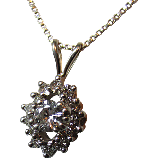 Ladies Vintage Diamond Pendant 14 kt White Gold w/16 inch w.g.chain