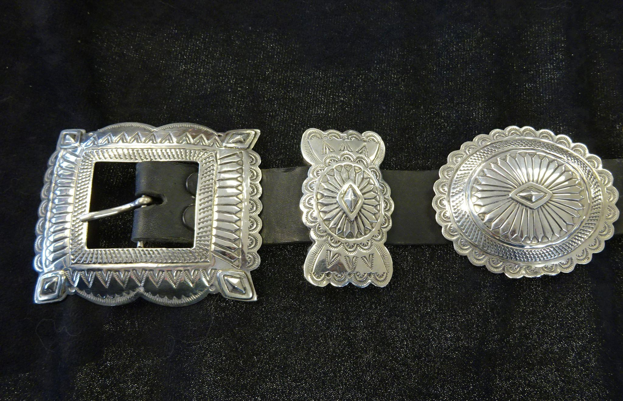 Vintage mike smith sterling silver concho leather belt for Indian jewelry in schaumburg il