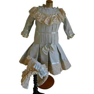 For your large doll ***Gorgeous dress and bonnet***nicely made !