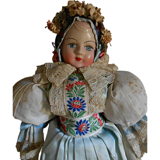 ***Sweet German doll with folklore costume 16,8 inches.****1930