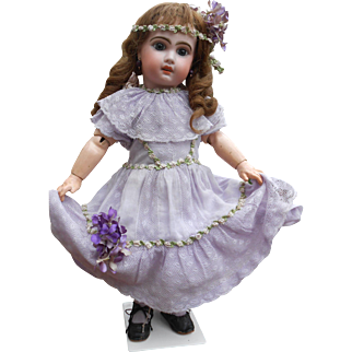 ***A wonderful Jumeau, no. 8..complete with a lilac antique dress****