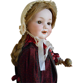 **A lovely smiling character doll Armand Marseille 560A**