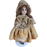 **Lovely Mignonette with velvet clothes** 4,8 inches.