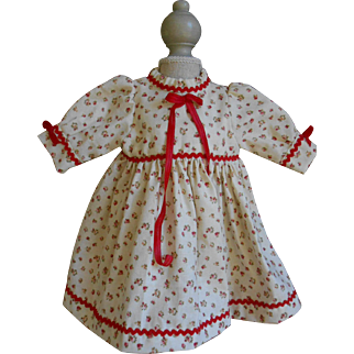 **Sweet cotton dress with lovely little roses....****