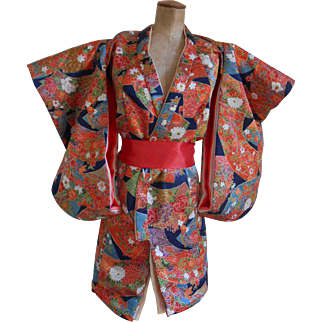 ****Beautiful KIMONO for your Asian / Oriental doll****