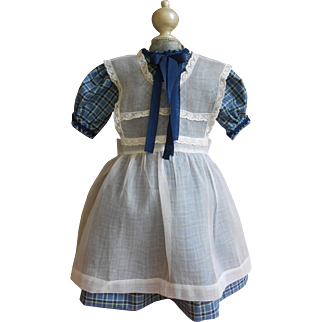 ***Lovely bleu cotton dress with an antique apron***