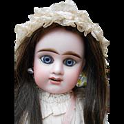 **Etienne Denamur..blue sparkling eyes..wonderful doll !