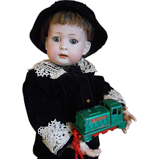 **Adorable very rare boy, made by Koenig and Wernicke**mold 179