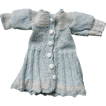 **Beautiful small 4,4 inches knitted dress light blue/creme**
