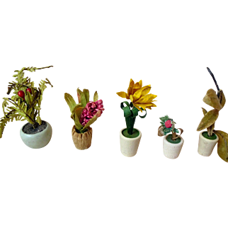 Flower pots for your doll house or miniature collection