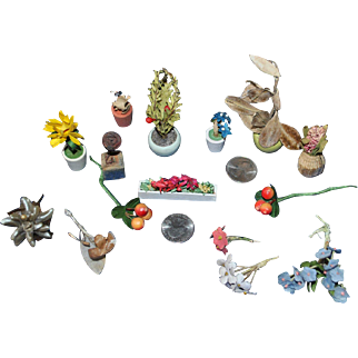 Collection of doll house flowers