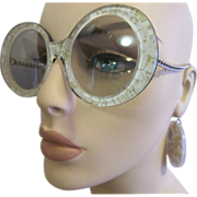 70's Pop Art Fashion Beige w/Gold Fleck Sunglasses Drop Disc Earrings