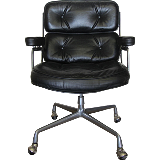 Vintage Herman Miller Black Leather Executive Office Chair