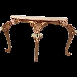 Fabulous Spielwaren three legged table